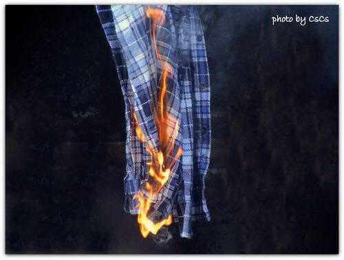 Véleményem a Burberryruhaégetéséről