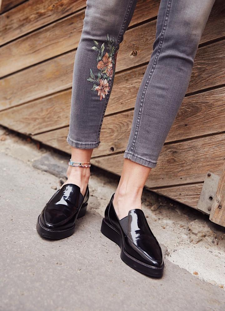 Egy cipő – Öthangulat